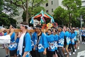 Carrying the Shrine through the streets 2016; Three Generations Summer Festival
